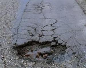 gropi in asfalt
