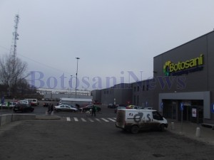 parcare carrefour botosani1