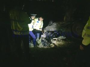 politisti, stiri, accident, masina rasturnata, botosani