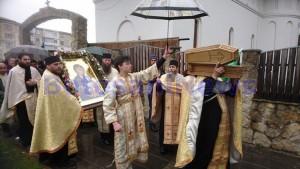 procesiune icoana mc biserica izvorul tamaduirii 2
