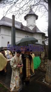 procesiune icoana mc biserica izvorul tamaduirii 3JPG