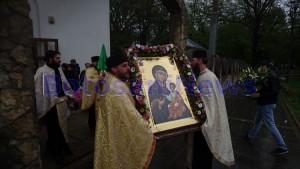 procesiune icoana mc biserica izvorul tamaduirii 4JPG