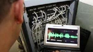 interceptari-telefoane-ascultate-300x169