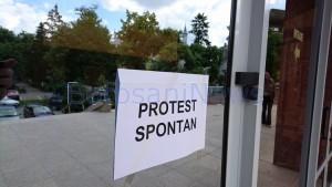protest spontan finante