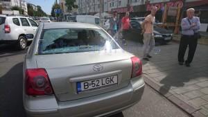 geam spart masina explozie primaverii