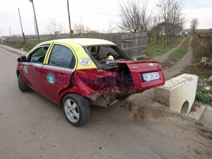 accident taxi curtesti baiceni