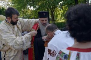 IPS Teofan la Biserica Vovidenia Botosani, stiri