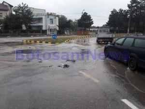 inundatii, stiri, intersectie, strada pacea, botosani (2)