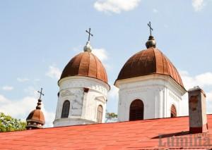 biserica pomarla