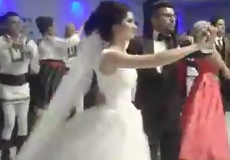 Video Imaginile De La O Nuntă Din Botoșani Au Făcut înconjurul Lumii